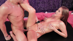 Oiled fuck with cumshot in mouth for all natural girl Jill Kassidy!